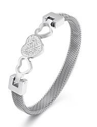 ราคาถูก -สำหรับผู้ชาย สำหรับผู้หญิง กำไล ทองชุบ 18K กุหลาบทอง Titanium Steel Heart ง่าย คลาสสิก วินเทจ เกี่ยวกับยุโรป แฟชั่น สร้อยข้อมือ เครื่องประดับ สีทอง / สีเงิน / Rose Gold สำหรับ / ทอง 18K