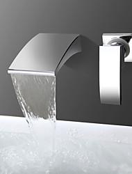 Недорогие -Смеситель для ванны - Современный Хром На стену Керамический клапан Bath Shower Mixer Taps / Одной ручкой Два отверстия