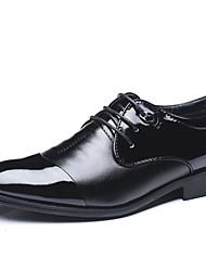 abordables -Homme Chaussures de confort Polyuréthane Printemps Simple Oxfords Ne glisse pas Noir