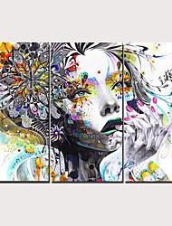 Недорогие -С картинкой Отпечатки на холсте - Люди Традиционный Modern 3 панели Репродукции