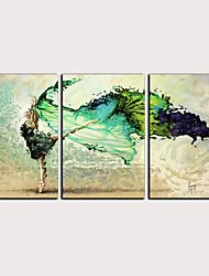 Недорогие -С картинкой Роликовые холсты - Абстракция Люди Классика Modern 3 панели Репродукции