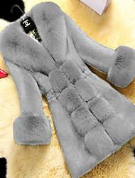 Недорогие -Жен. Повседневные Длинная Искусственное меховое пальто, Однотонный V-образный вырез Длинный рукав Искусственный мех Черный / Винный / Белый