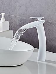 Недорогие -Смеситель - Водопад Окрашенные отделки По центру Одной ручкой одно отверстиеBath Taps