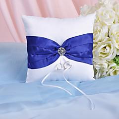 almofada de anel de esplendor com cerimônia de casamento de faixa real e strass