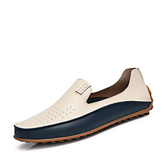 Homens Sapatos de couro Microfibra Primavera / Outono Conforto Mocassins e Slip-Ons Antiderrapante Branco / Azul / Loafers de conforto
