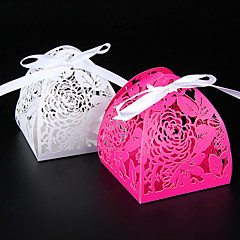 baratos -50pcs rosa laser cortar caixa de doces casamento favor caixa de decoração de casamento suprimentos