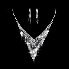 cheap Jewelry Sets-Women's AAA Cubic Zirconia Cubic Zirconia Silver Jewelry Set - Elegant Fashion Triangle Silver Drop Earrings Choker Necklace Bridal