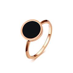 Kadın's Yüzük minimalist tarzı Zarif Titanyum Çelik Round Shape Mücevher Uyumluluk Düğün Parti/Gece Nişan Günlük Seramoni