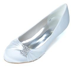 preiswerte -Damen Schuhe Satin Frühling Sommer Pumps Hochzeit Schuhe Kitten Heel-Absatz Runde Zehe Strass für Hochzeit Party & Festivität Weiß