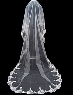 cheap Wedding Veils-One-tier Lace Applique Edge Wedding Veil Cathedral Veils With Applique 196.85 in (500cm) Tulle A-line, Ball Gown, Princess, Sheath/