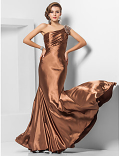 Trompetă / Sirenă Pe Umăr Lungime Podea Satin Stretch Seară Formală Bal Militar Rochie cu Mărgele Drapat Părți de TS Couture®