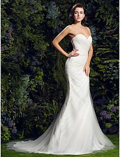 billiga Åtsmitande brudklänningar-Åtsmitande Hjärtformad urringning Hovsläp Tyll Bröllopsklänningar tillverkade med Korsvis / Sidodraperad av LAN TING BRIDE®