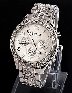 billige Modeure-Geneva Dame Armbåndsur Quartz Imiteret Diamant Legering Bånd Analog Glitrende Mode Sølv / Guld - Sølv Gylden Rose Guld Et år Batteri Levetid / SSUO 377