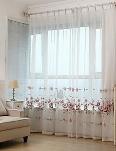 billige Vinduskolleksjoner-To paneler Window Treatment Rustikk Moderne Neoklassisk Middelhavet Europeisk , Blad Stue Polyester Materiale Gardiner Skygge Hjem Dekor