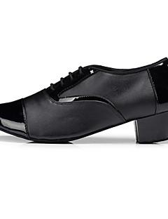 Χαμηλού Κόστους -Ανδρικά Παπούτσια χορού λάτιν Δέρμα Οξφόρδης / Μπότες / Αθλητικά Χαμηλό τακούνι Μη Εξατομικευμένο Παπούτσια Χορού Μαύρο / Εξάσκηση