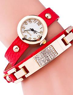 billige Armbåndsure-Dame Quartz Armbåndsur Hot Salg Legering Bånd Vedhæng Mode Sort Blåt Rød Brun Grøn Guld Pink