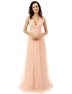 baratos Vestidos para Ocasiões Especiais-Linha A Decote V Longo Tule Baile de Formatura / Evento Formal Vestido com Apliques de TS Couture®