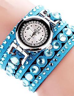 billige Armbåndsure-Dame Quartz Armbåndsur Imiteret Diamant Stof Bånd Vedhæng / Glitrende / Afslappet / Bohemisk / Mode / Armring Sort / Hvid / Blåt / Rød /