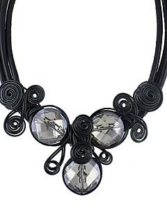Kadın's Gerdanlıklar Kristal alaşım Basic Tasarım Siyah Gümüş Kırmzı Mücevher Için Günlük 1pc