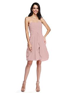 cheap Short Bridesmaid Dresses-Sheath / Column Sweetheart Knee Length Chiffon Bridesmaid Dress with Ruched Criss Cross by LAN TING BRIDE®