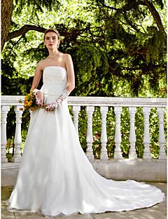 billiga A-linjeformade brudklänningar-A-linje Axelbandslös Kapellsläp Satäng / Tyll Bröllopsklänningar tillverkade med Bård / Bälte / band / Veckad av LAN TING BRIDE®
