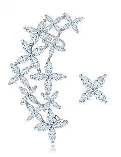 ieftine -Pentru femei Cercei Bijuterii Design Unic Nepotrivirea Euramerican Modă Zirconiu Aliaj Altele Bijuterii Argintiu Nuntă Zi de Naștere