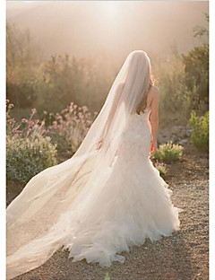 One-tier Cut Edge Wedding Veil Chapel Veils With Flower Comb Tulle