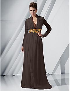 baratos Vestidos de Formatura-Tubinho Decote mergulhador Cauda Escova Chiffon Evento Formal Vestido com Apliques / Pregas de TS Couture®