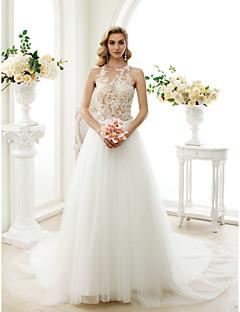 A-linje Prinsesse Besmykket Kapellslep Blonder Tyll Bryllupskjole med Appliqué Knapper av LAN TING BRIDE®