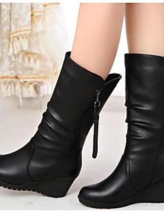 baratos -Mulheres Sapatos Pele Napa Outono / Inverno Botas da Moda Botas Sem Salto Botas Curtas / Ankle / Botas Cano Médio Preto