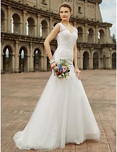 billiga Brudklänningar-Trumpet / sjöjungfru V-hals Svepsläp Spets / Tyll Bröllopsklänningar tillverkade med Bård / Applikationsbroderi av LAN TING BRIDE®