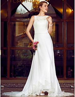 billiga Plusstorlek brudklänningar-A-linje / Prinsessa Bateau Neck Kapellsläp Chiffong / Spets Bröllopsklänningar tillverkade med Applikationsbroderi / Skärp / Band av LAN
