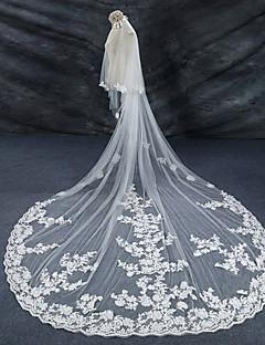 cheap Wedding Veils-Two-tier Lace Applique Edge Bridal Wedding Wedding Veil Cathedral Veils 53 Lace Lace Tulle