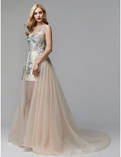 billige Høst 2013-Prinsesse Illusjon Hals Kapellslep Blonder / Tyll Formell kveld Kjole med Appliqué av TS Couture®