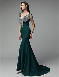 billiga Aftonklänningar-Trumpet / sjöjungfru V-hals Hovsläp Chiffong Formell kväll Klänning med Kristalldetaljer av TS Couture®