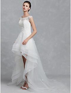 billiga Brudklänningar-A-linje Bateau Neck Asymmetrisk Spets / Tyll Bröllopsklänningar tillverkade med Bård / Applikationsbroderi av LAN TING BRIDE® / Vacker i svart