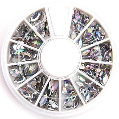 Vegyes méretű világos ovális köröm crystal akril strassz csillogó hamis gyémánt köröm design