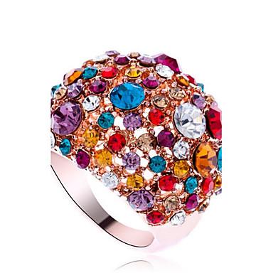 levne Fashion Ring-Dámské Vyzvánění Zirkon Umělé diamanty Prohlášení Luxus Módní Fashion Ring Šperky Barva obrazovky Pro Párty Jedna velikost