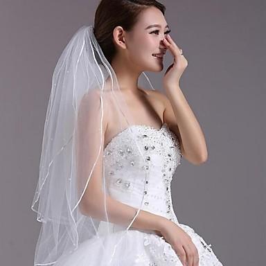 Three-tier Lace Applique Edge Wedding Veil Fingertip Veils 53 Appliques 35.43 in (90cm) Lace / Tulle
