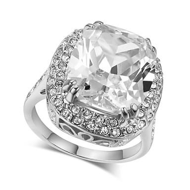 abordables Bague-Femme Bague Fantaisie Grosse Cristal / Cristal haut de gamme Argent / Doré Imitation Diamant / Alliage Quatre Griffes Luxe / Mode / Iridescent Mariage / Soirée Bijoux de fantaisie