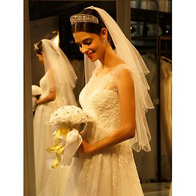 Einschichtig Perlenbesetzter Saum Hochzeitsschleier Fingerspitzenlange Schleier Mit Perlenstickerei Tüll
