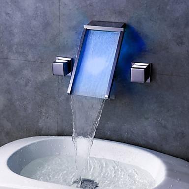 Kylpyhuone Sink hana - Vesiputous / LED Kromi Seinäasennus Kaksi kahvaa kolme reikää
