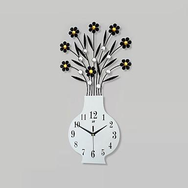 Neuheit Modern/Zeitgenössisch Wanduhr,Blumen/Botanik / Personen / Landschaften / Hochzeit / Familie Glas / Metall59cm x 31cm( 23in x 12in