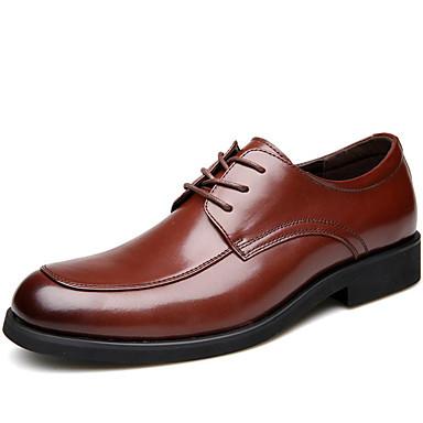 Hombre Zapatos formales Cuero de Napa Primavera / Verano / Otoño Confort Oxfords Negro / Marrón / Boda / Los zapatos de cuero