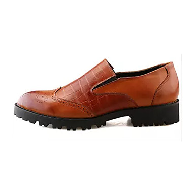 Homens sapatos Couro Ecológico Primavera / Outono Conforto Mocassins e Slip-Ons Caminhada Preto / Marron