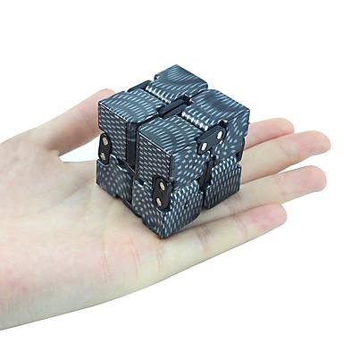 Rubikin kuutio Tasainen nopeus Cube Lievittää stressiä Puzzle Cube Hauska Muovit Neliö Lahja