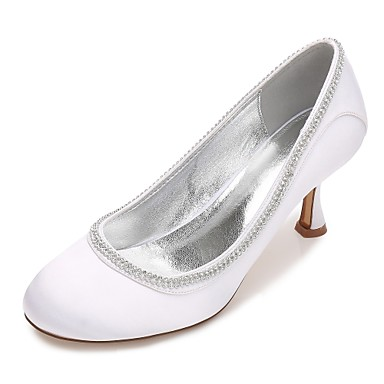 Női Cipő Szatén Tavasz / Nyár Kényelmes / Magasított talpú Esküvői cipők Cicasarok / Alacsony / Tűsarok Kerek orrú Strasszkő / Glitter