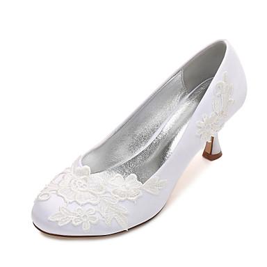 Női Cipő Szatén Tavasz / Nyár Kényelmes / Magasított talpú Esküvői cipők Cicasarok / Alacsony / Tűsarok Kerek orrú Szatén virág / Virág