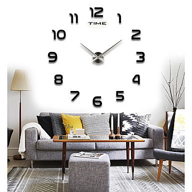 Modern / Contemporary Round Indoor / Outdoor,AA Wall Clock