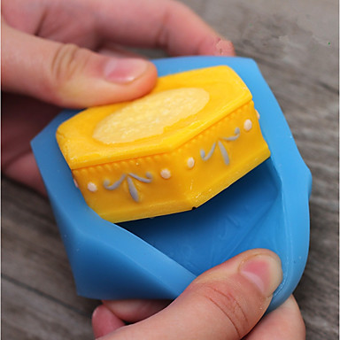 Bakeware tools Silicon Kids / Holiday / Novelty For Candy Cake Molds 1pc